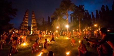 凯卡克猴舞与晚宴
